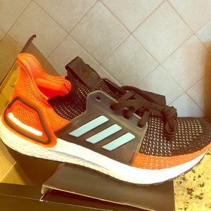 Adidas ultra boosts size 8